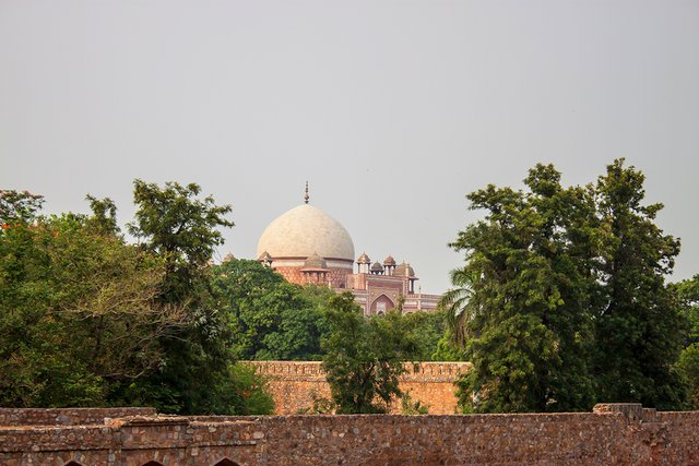 Humayun's Tomb dome from Arab Sarai