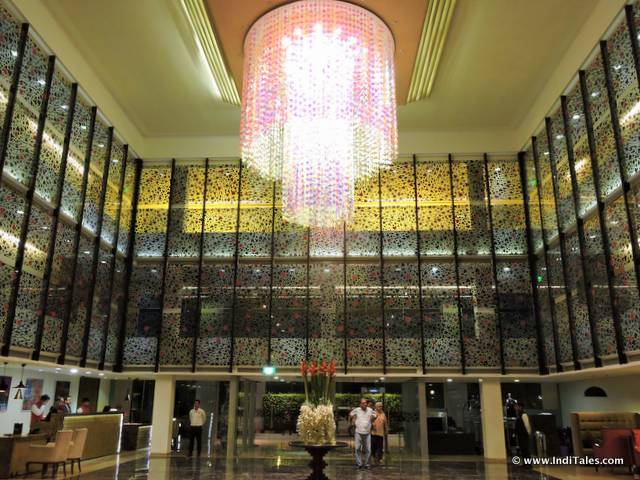 deltin-daman-lobby