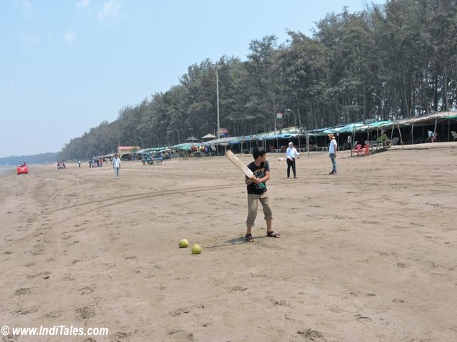 Cricket on Jampore Beach, Daman