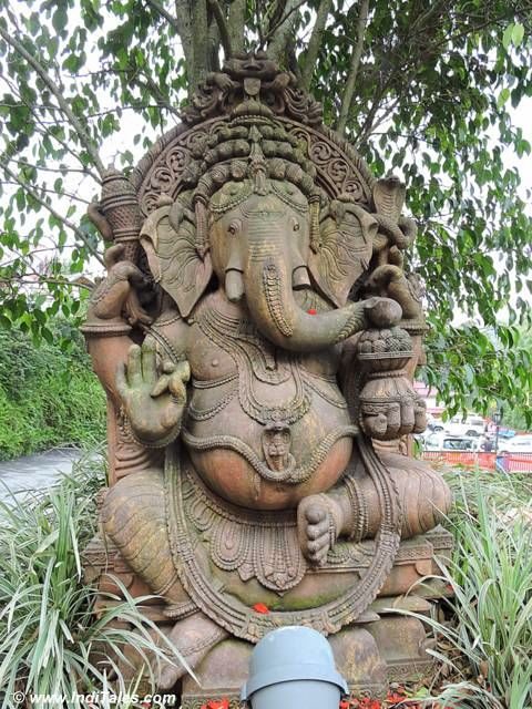 Ganesh statue in stone at Mayfair Gangtok