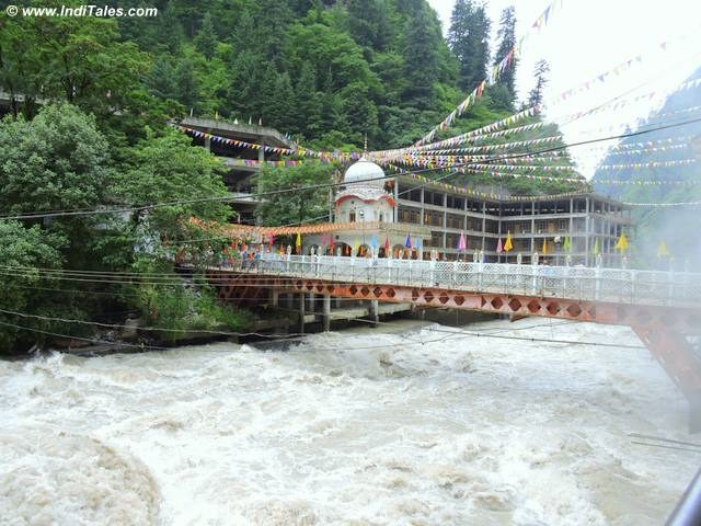 Bridge over Parvati River to reach Manikaran, Himachal Pradesh