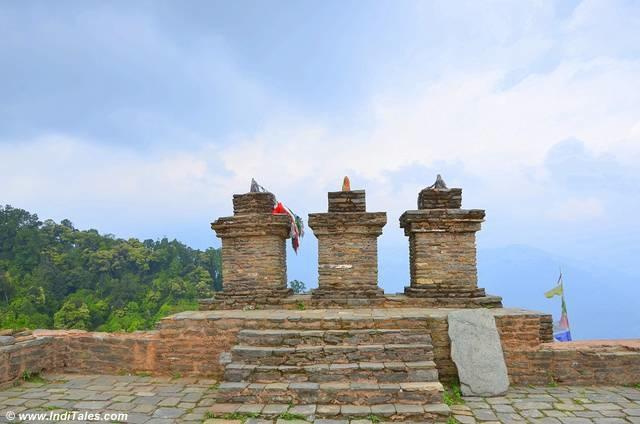 3 Chortens at Rabdentse palace ruins, Pelling