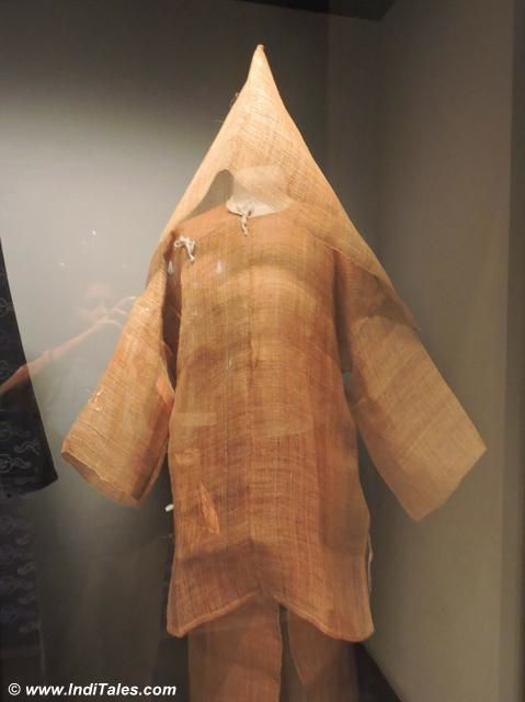 Garment worn just after the death in the family by Peranakans