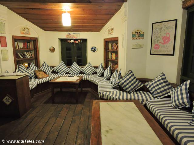 Cosy friend's corner at Emily, Rokeby Manor, Landour