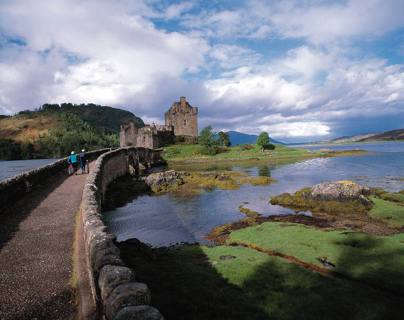 Eilean Donan Castle, Image source - VisitBritain Tourism