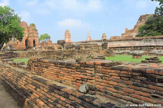 Ruins of Wat Mahathat