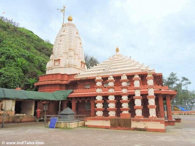 Lambodara Temple - Ganpatipule
