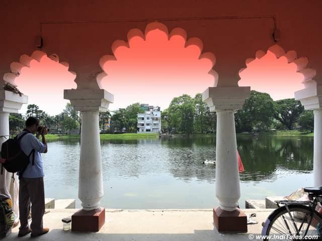 Arched pavilion opposite Madan Mohan Bari