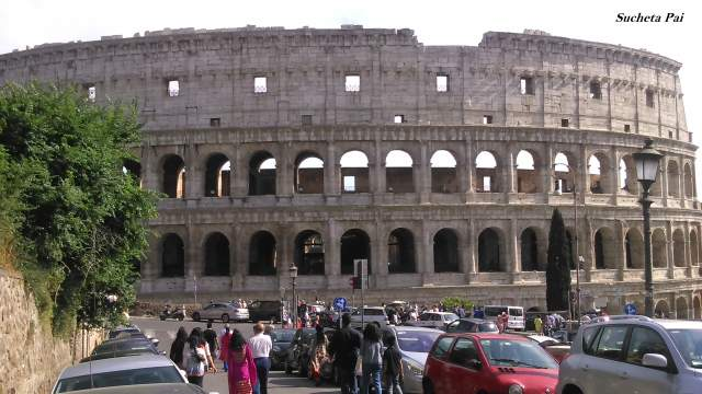 A closer look at Colosseum during our Roman Holiday