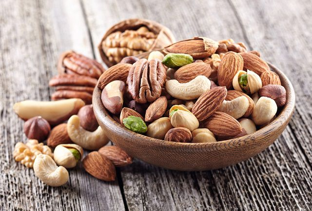 Nuts - the best travel companion food