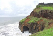 Water cave at the bottom of Ratnadurg Fort