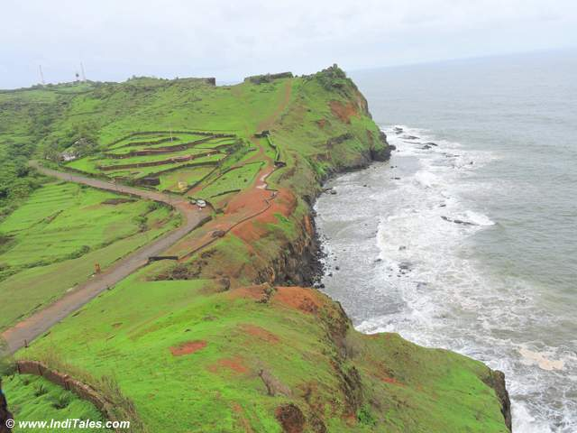 The other side of Ratnadurg Fort