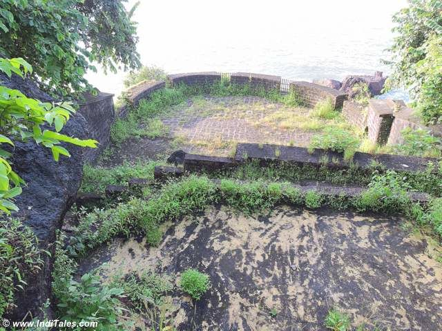Well at the edge of Tiracol Fort
