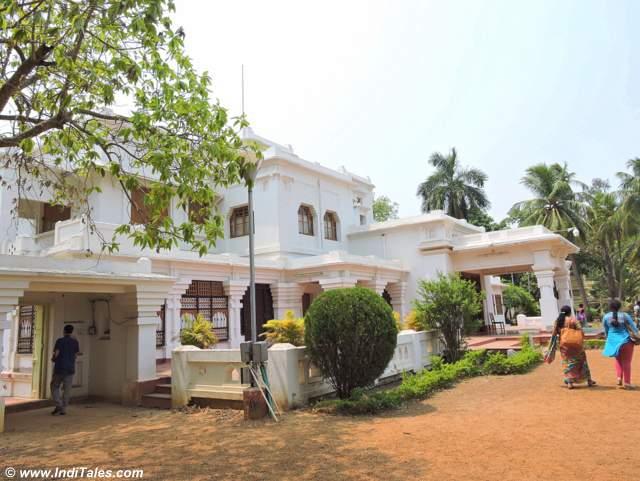 Rabindra Bhaban Museum - Shantiniketan