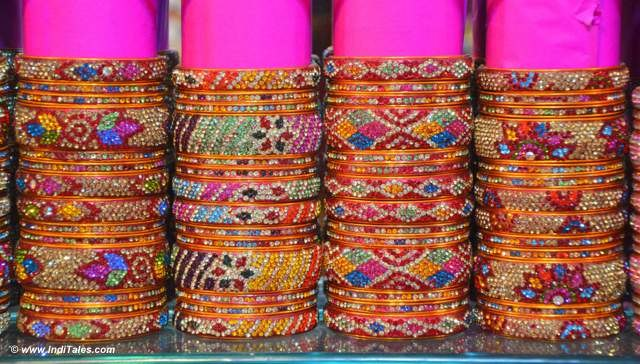 Colorful Lac Bangles of Laad Bazaar - perfect Hyderabadi Souvenir