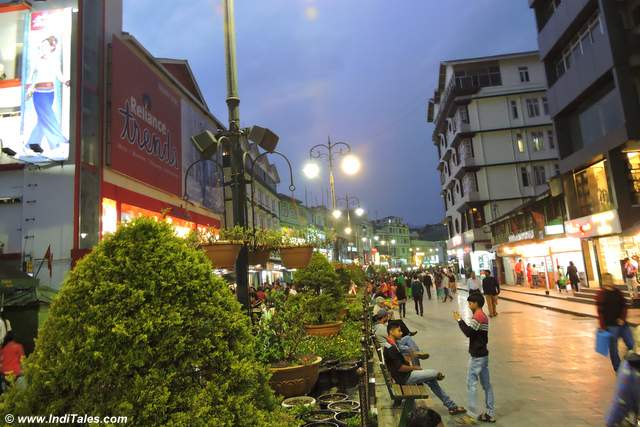 Gangtok MG Marg in the evening