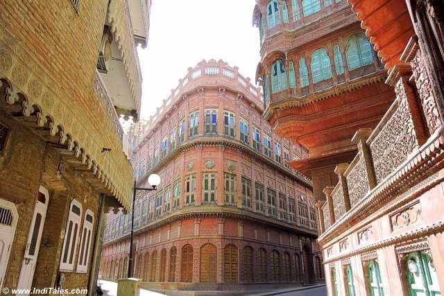Bikaner - Havelis fitting like a jigsaw puzzle