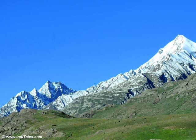Green valleys, white peaks near Kunzum Pass