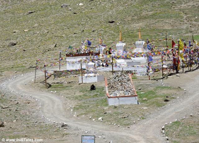 Chortens & Prayer Stones at Kunzum Pass