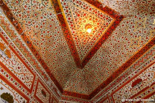 Painted ceilings of Gaj Mandir - Junagadh Fort