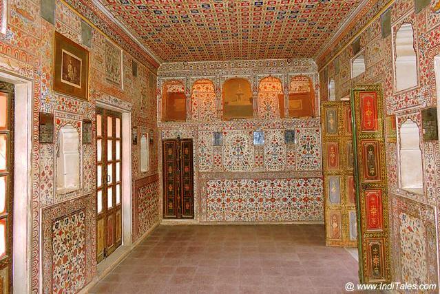 Painted Walls of Gaj Mandir - Junagadh Fort - Bikaner