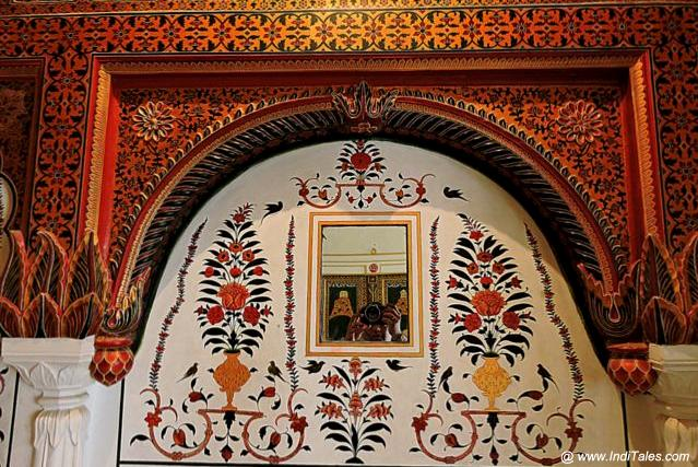 Mirrors embedded in walls of Phool Mahal