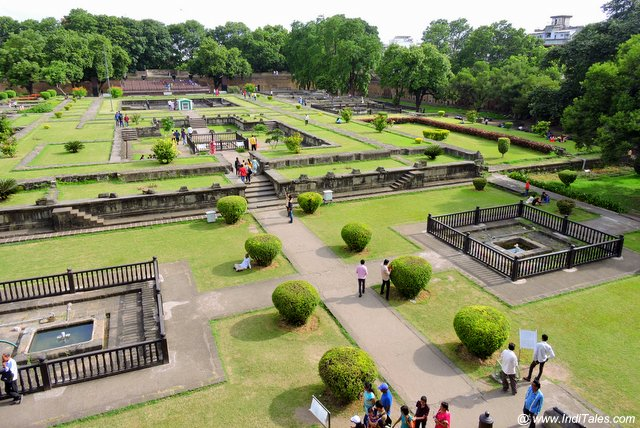 Remains and lawns of Shaniwar Wada