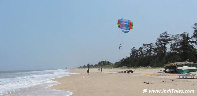 Parasailing at the Varca Beach