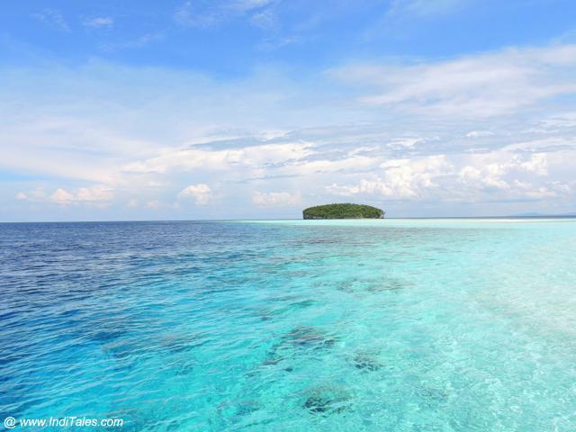 Pasir Timbul Island - Raja Ampat, Indonesia