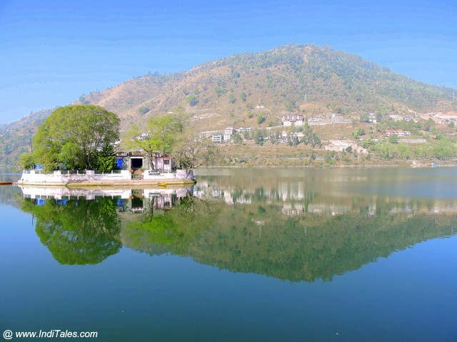 Island in Bhimtal Lake hosting Aquarium