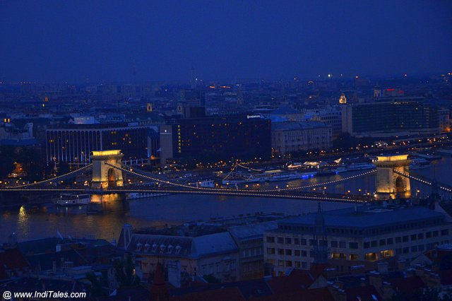 Chain Bridge at Night - Budapest