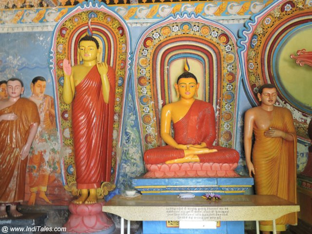 Buddha Statues at temples in Anuradhapura