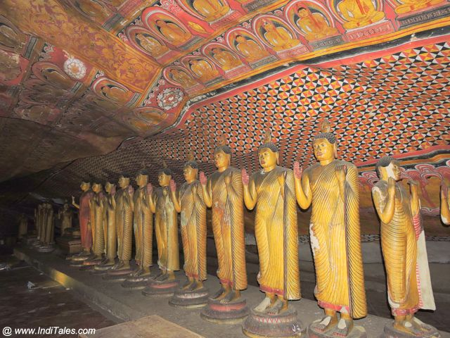 Row of standing Buddhas at Dambulla