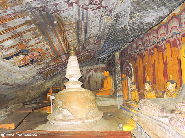 Stupa surrounded by Buddha figures at Dambulla