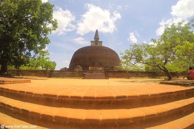 Ran Kot Vihara - Polonnaruwa