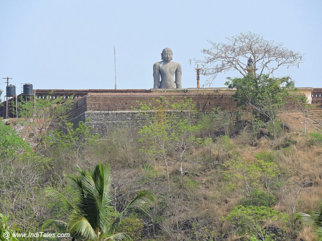 Bust of Bahubali as seen from Chaturmukha Basadi
