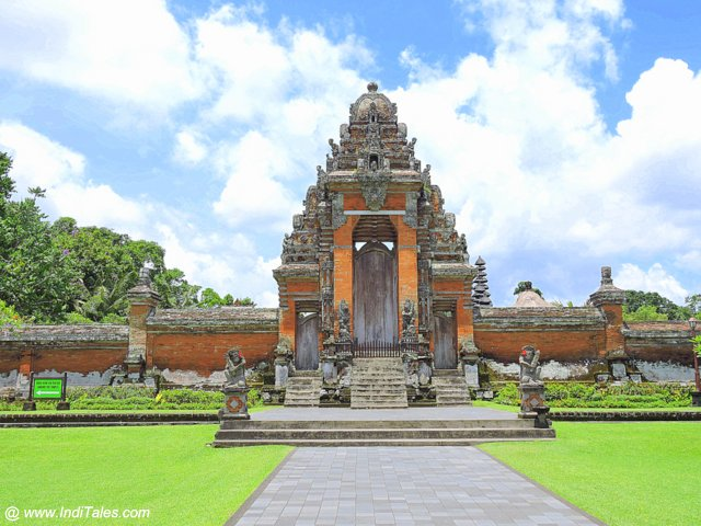 Pura Taman Ayun - The Royal Water Temple of Bali