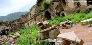 Fallen stones & Ruins of Bhangarh Fort