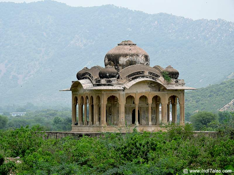 A pavilion outside the Bhangarh Fort Walls