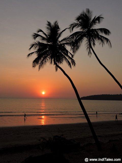 Sunset scene, Bambolim beach, Places to visit in Panjim