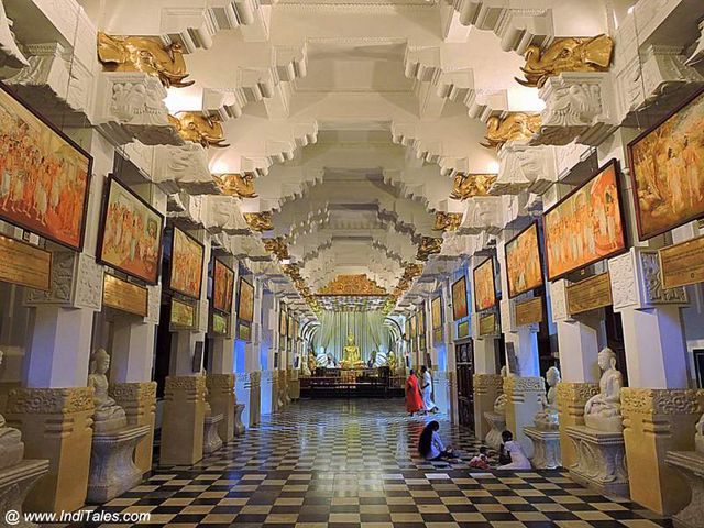 A hall that narrates the story of Tooth Relic in Sri Lanka