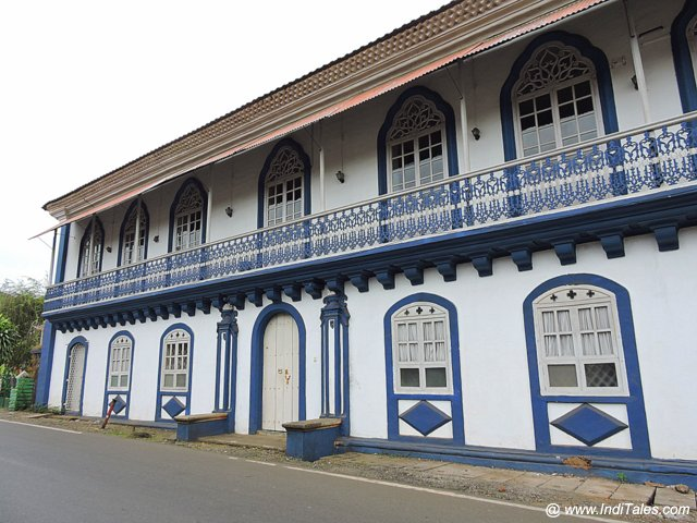 Majestic Blue & White House - Madgaon