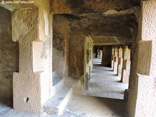 Undavalli Caves - Pillars and corridors
