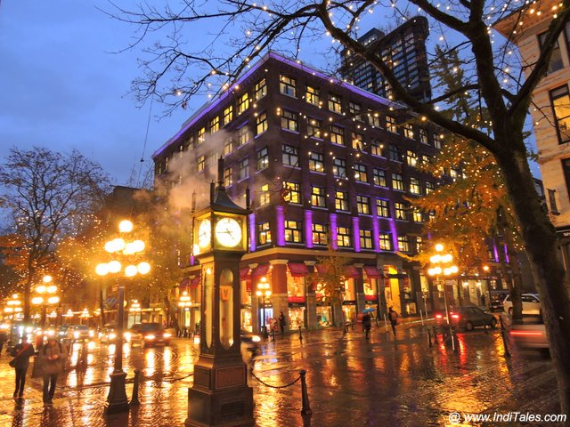 Gas Town & Its Steam Clock - Downtown Vancouver BC