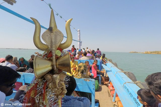 Boat Ride from Dwarka to Beyt Dwarka