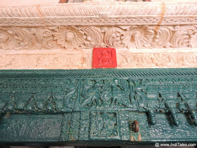 Details of the wood carved door jamb - Gandhi House