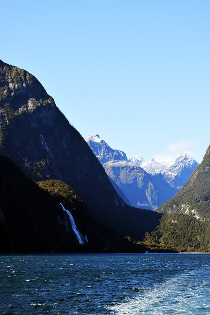 Milford Sound - New Zealand South Island