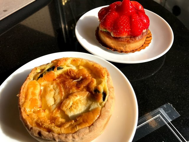 Quiche and Strawberry Tart - Vegetarian Food in Paris
