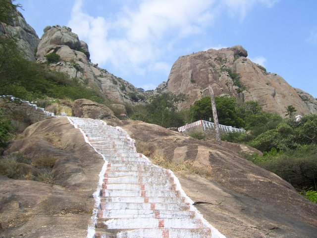 Stone steps which lead to the top of Marunthuvazh Malai hill
