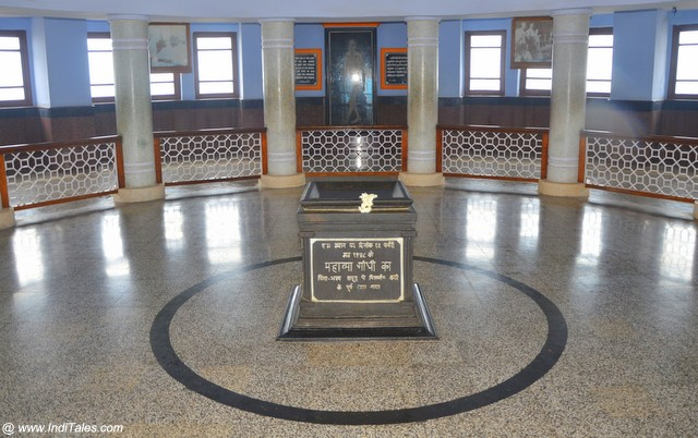 Gandhi Mandapam foyer